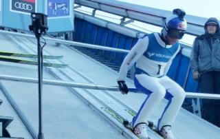 360 Grad Video Produktion zur Vierschanzentournee Oberstdorf, Skisprung aus der Sicht des Athleten, der in die voll besetzte Erdinger Arena springt.
