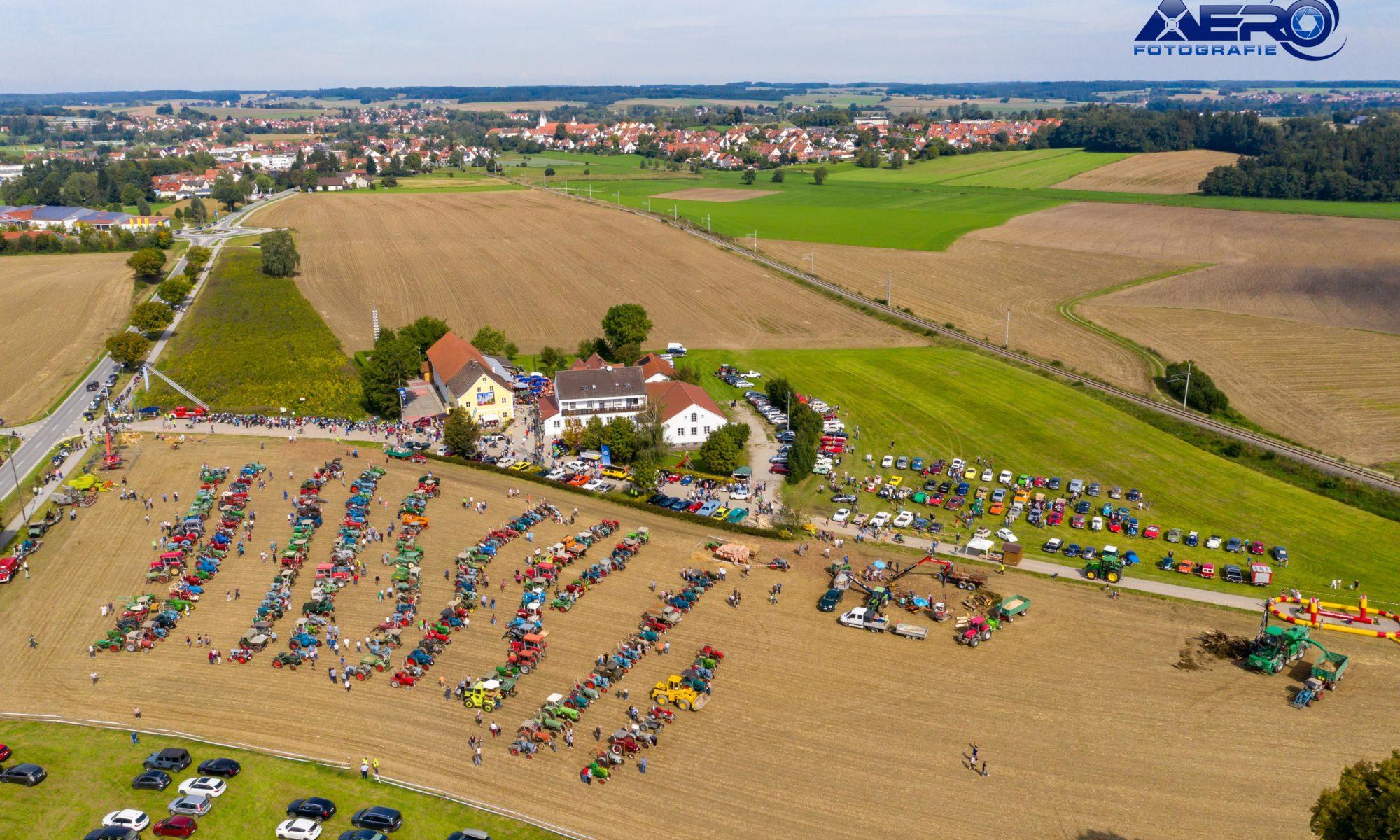 Oldtimertreffen Panorama Luftbild Ried